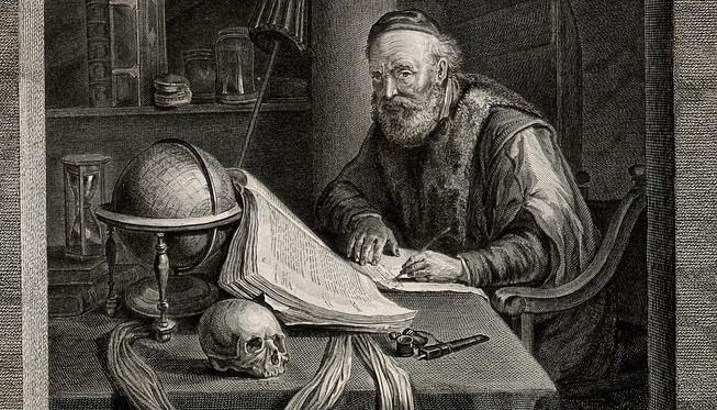 alter Mann mit Buch